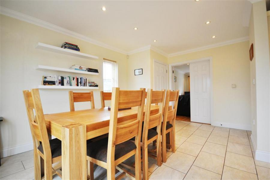 Rolling Hills Holiday Cottage In Sutton Poyntz2