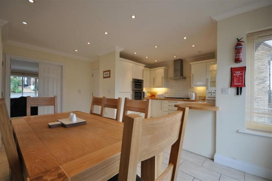 Rolling Hills Holiday Cottage In Sutton Poyntz6