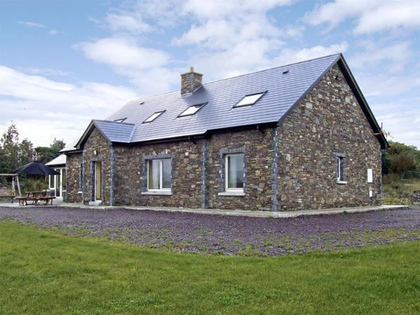 Holiday Cottage Reviews for River House - Holiday Cottage in Killarney, Kerry