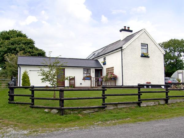 Holiday Cottage Reviews for Dessie's Cottage - Self Catering Property in Macroom, Cork