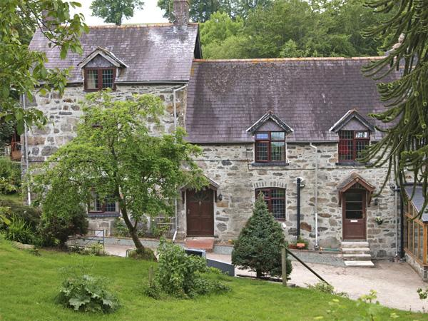 Rhiwlas Cottage