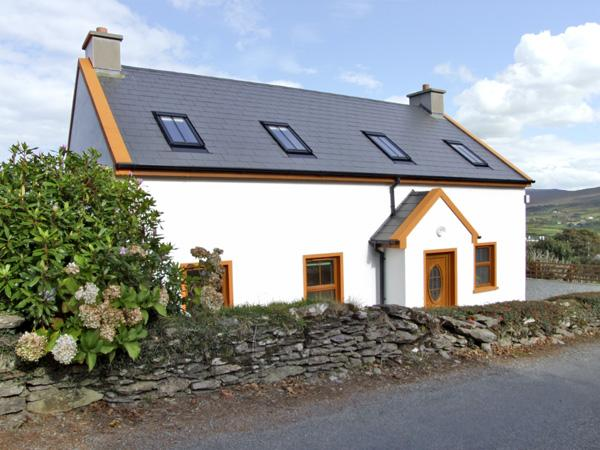 Holiday Cottage Reviews for Mary Agnes Cottage - Holiday Cottage in Allihies, Cork