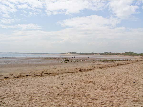 Holiday Cottage Reviews for Thalassa - Holiday Cottage in Cemaes Bay, Isle of Anglesey