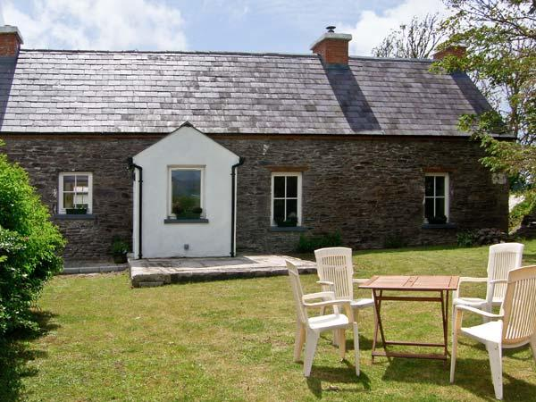 Holiday Cottage Reviews for Brosnan's Cottage - Holiday Cottage in Dingle, Kerry