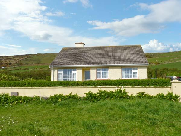 Holiday Cottage Reviews for St Finian's Bay Cottage - Cottage Holiday in Ballinskelligs, Kerry