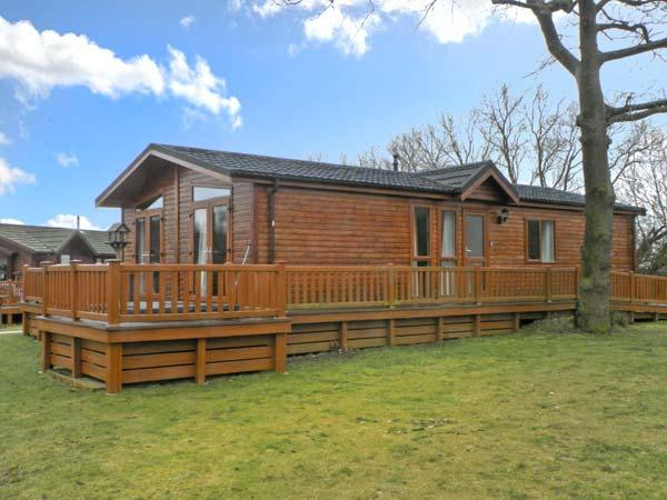 Holiday Cottage Reviews for 41 Duck Lake - Cottage Holiday in Woodhall Spa, Lincolnshire