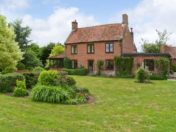 Holiday Cottage Reviews for Lyons Green - Self Catering in Dereham, Norfolk