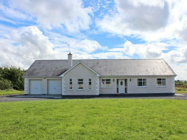Holiday Cottage Reviews for Mees House - Holiday Cottage in Dunmore, Galway