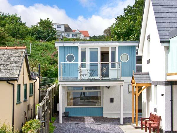 Holiday Cottage Reviews for Min Y Traeth - Self Catering Property in Bull Bay, Isle of Anglesey