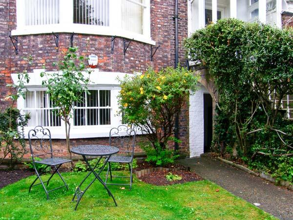 Holiday Cottage Reviews for The Bolthole - Self Catering in Whitby, North Yorkshire