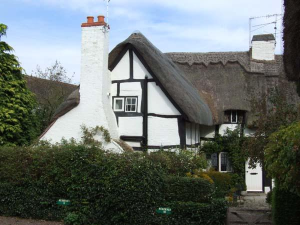 Holiday Cottage Reviews for Bluebell Cottage - Holiday Cottage in Shottery, Warwickshire
