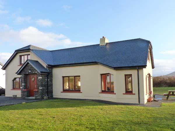 Holiday Cottage Reviews for Architect House - Holiday Cottage in Ballyferriter, Kerry