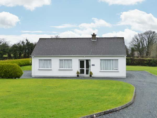 Holiday Cottage Reviews for Seafield - Holiday Cottage in Ramelton, Donegal