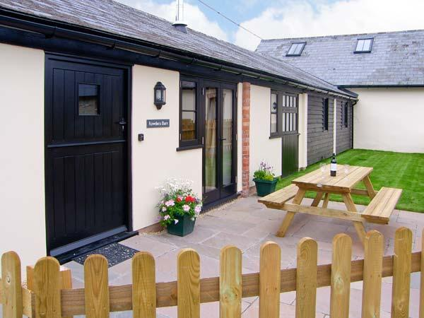Holiday Cottage Reviews for Rowdens Barn - Cottage Holiday in Winterborne Stickland, Dorset