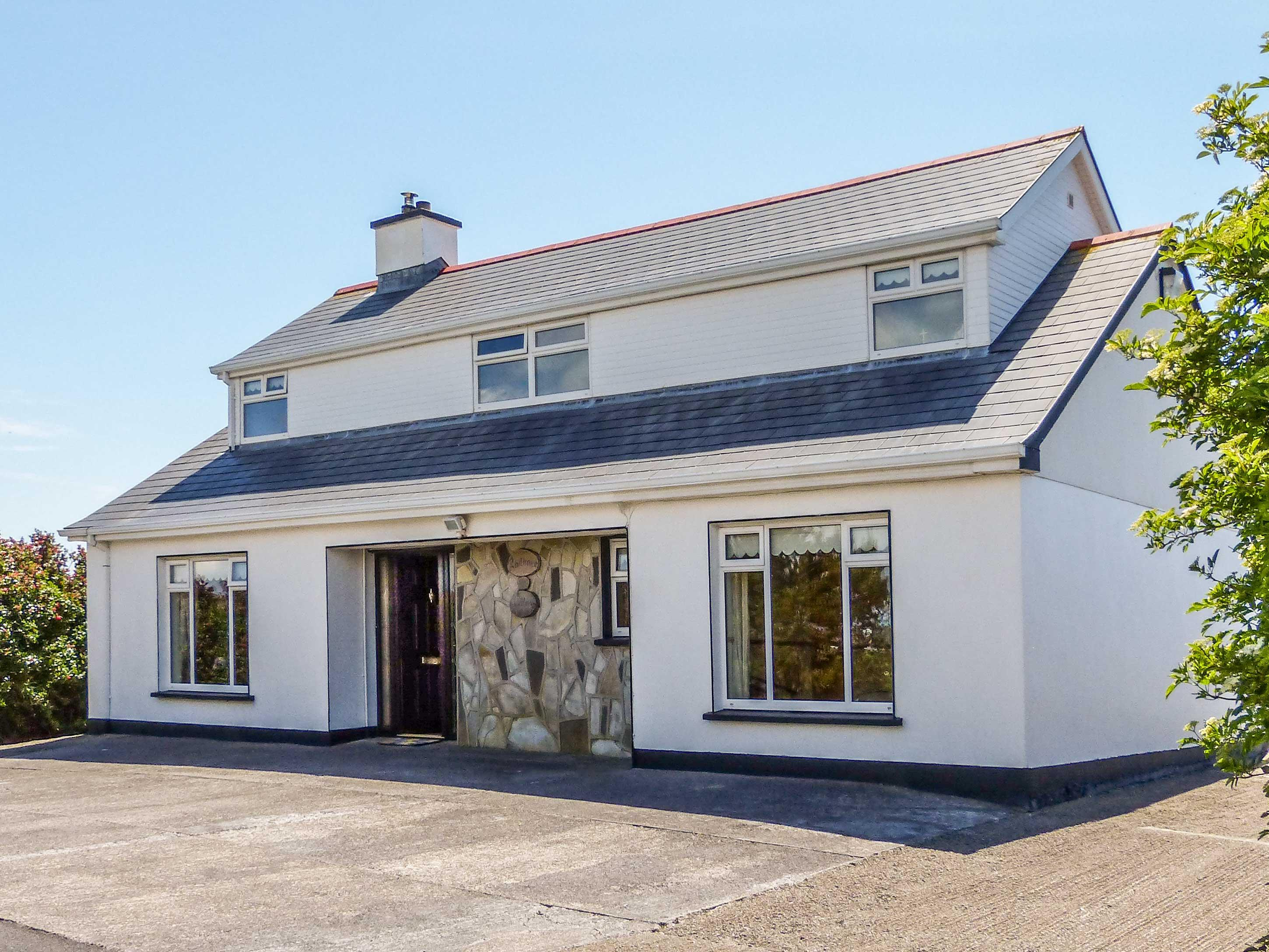 Holiday Cottage Reviews for Hernon's Cottage - Cottage Holiday in Carna, Galway
