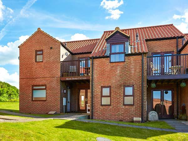 Holiday Cottage Reviews for Berry Banks Cottage - Cottage Holiday in Whitby, North Yorkshire