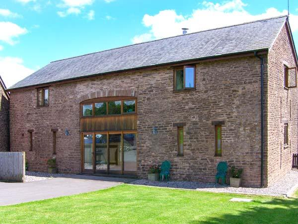 Holiday Cottage Reviews for Cwrt St Thomas - Cottage Holiday in Monmouth, Monmouthshire