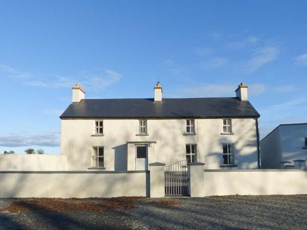 Holiday Cottage Reviews for Grange Farmhouse - Cottage Holiday in Fethard on Sea, Wexford