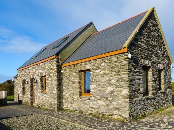 Holiday Cottage Reviews for Corr an Droma - Self Catering in Schull, Cork