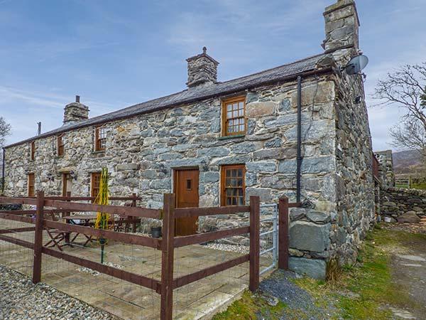 Cwm Yr Afon Cottage