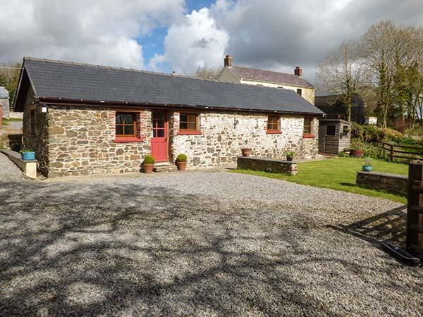 Holiday Cottage Reviews for Cilwen Fach - Self Catering in Carmarthen, Carmarthenshire