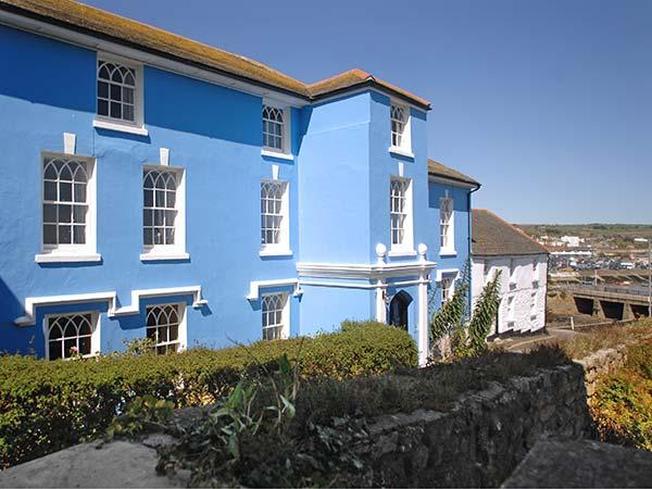 Holiday Cottage Reviews for The Abbey - Self Catering Property in Penzance, Cornwall inc Scilly
