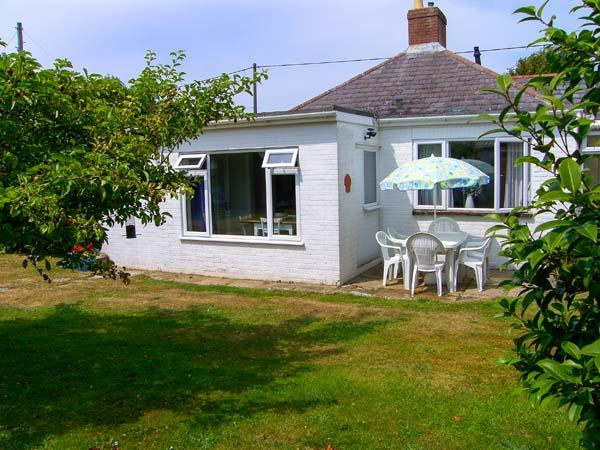 Holiday Cottage Reviews for Driftwood - Holiday Cottage in Lymington, Hampshire