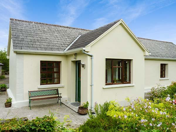 Holiday Cottage Reviews for Hawthorn Farm Cottage - Self Catering Property in Tubbercurry, Sligo