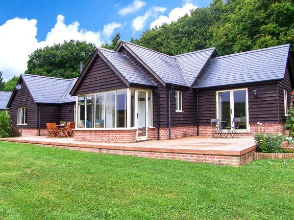 Holiday Cottage Reviews for Farley Lodge - Cottage Holiday in Salisbury, Wiltshire