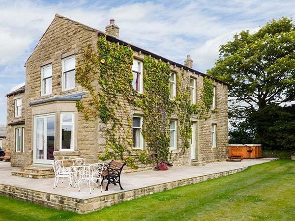 Holiday Cottage Reviews for Cringles House - Self Catering in Addingham, West Yorkshire
