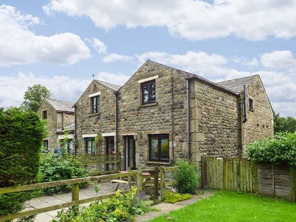 Holiday Cottage Reviews for October Cottage - Self Catering in Clapham, North Yorkshire
