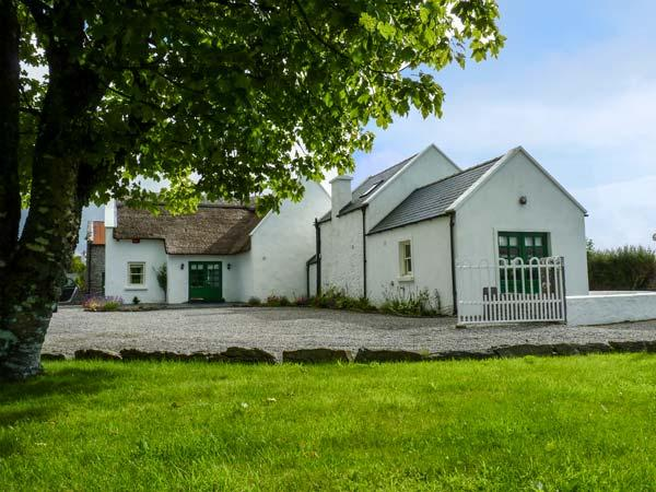 Holiday Cottage Reviews for Annie's Cottage - Self Catering Property in Belcarra, Mayo