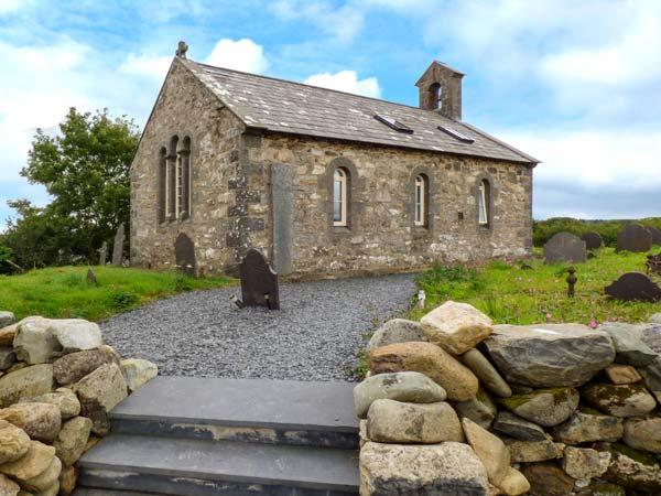 Eglwys St Cynfil