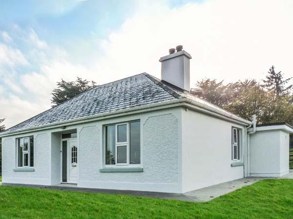 Holiday Cottage Reviews for Farm View Cottage - Holiday Cottage in Killarney, Kerry