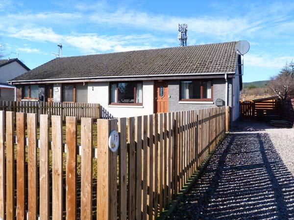 Holiday Cottage Reviews for 17 Lockhart Place - Self Catering in Aviemore, Highlands