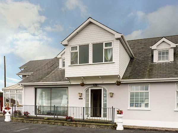 Holiday Cottage Reviews for Seaview House - Holiday Cottage in Dungarvan, Waterford