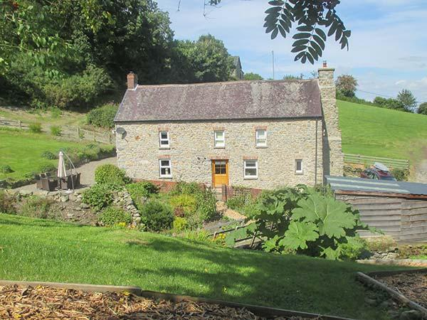Holiday Cottage Reviews for Cwmllechwedd Uchaf - Cottage Holiday in Aberystwyth, Ceredigion
