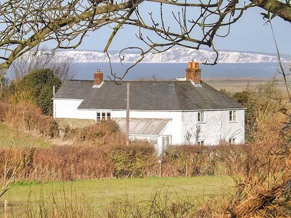 Holiday Cottage Reviews for Sweet Briars - Holiday Cottage in Chale, Isle of Wight