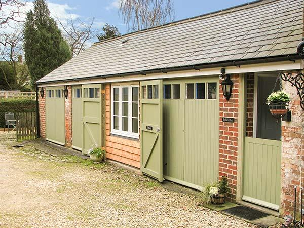 Holiday Cottage Reviews for Old Cart Shed - Self Catering in Royal Wootton Bassett, Wiltshire