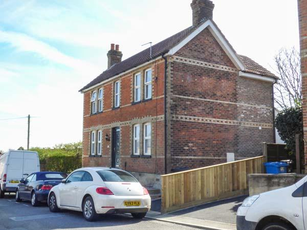 Holiday Cottage Reviews for Holly Cottage - Holiday Cottage in Poole, Dorset