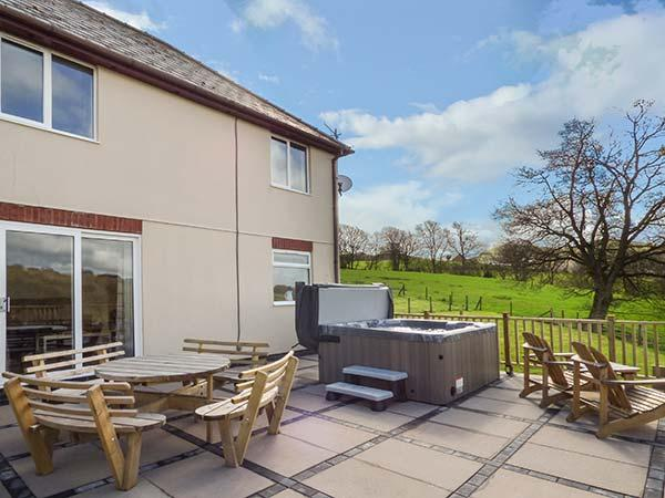 Holiday Cottage Reviews for Pheasant Wood - Holiday Cottage in Howey, Powys