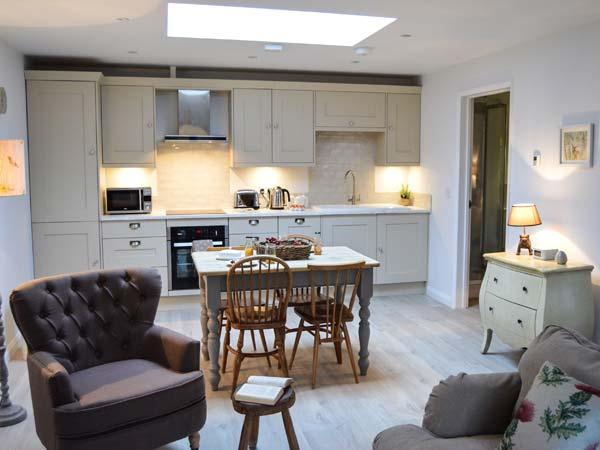 Holiday Cottage Reviews for Fox's Den - Holiday Cottage in Southampton, Hampshire