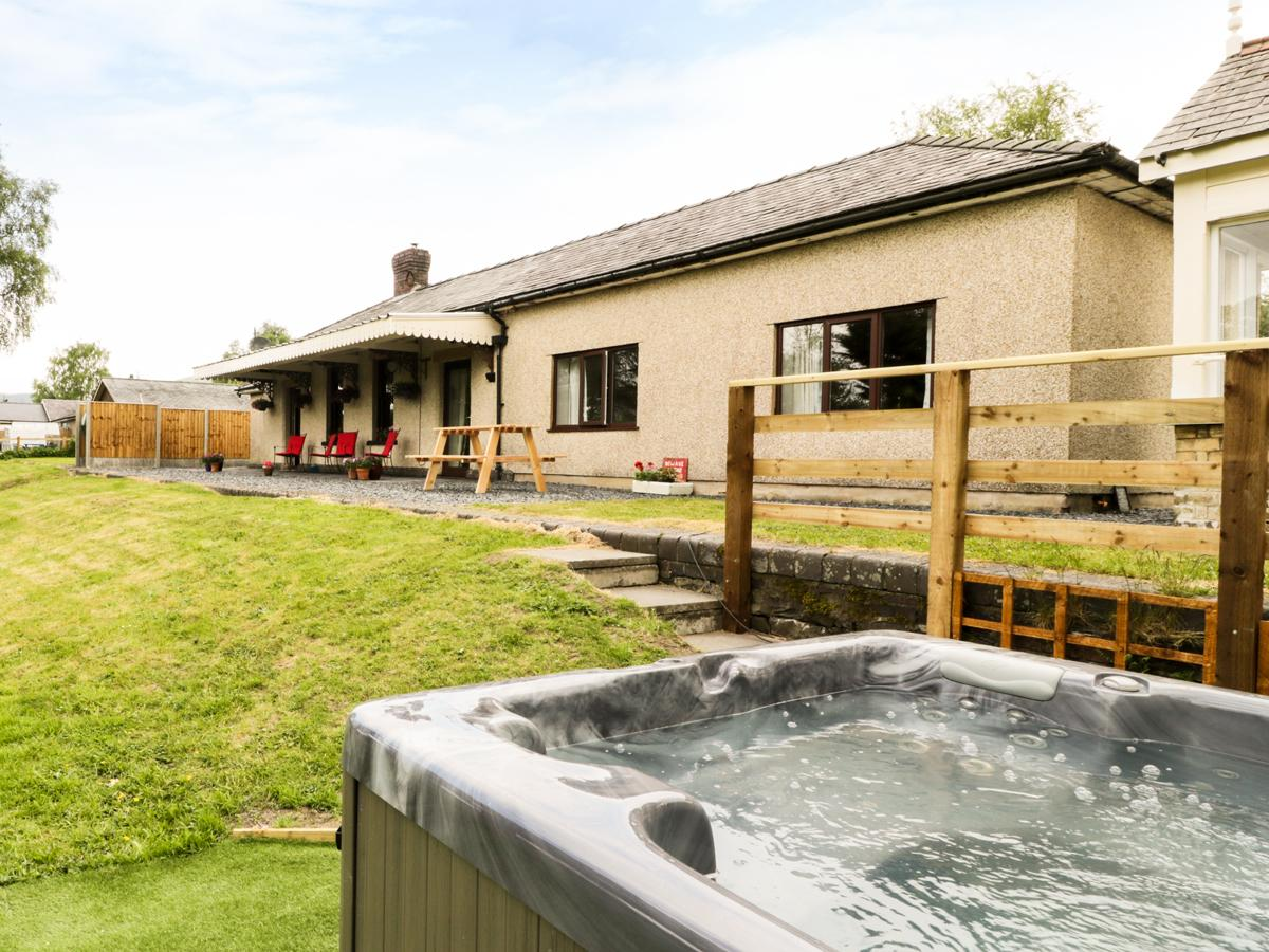 Holiday Cottage Reviews for Hen Stesion - Holiday Cottage in Frongoch, Gwynedd