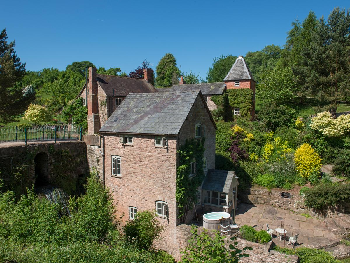 Holiday Cottage Reviews for Mill Cottage - Holiday Cottage in Tenbury Wells, Worcestershire