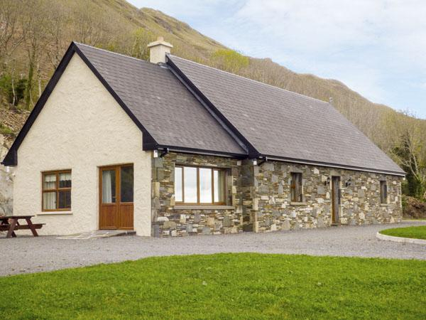 Holiday Cottage Reviews for Kilbride Maison - Holiday Cottage in Clonbur, Galway