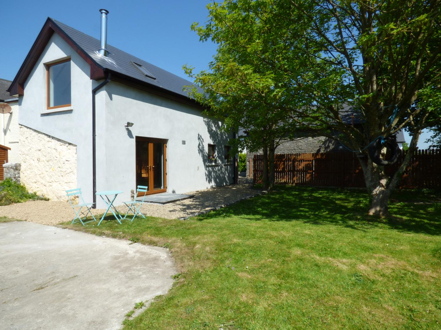 Holiday Cottage Reviews for The Studio - Holiday Cottage in Ballinderreen, Galway
