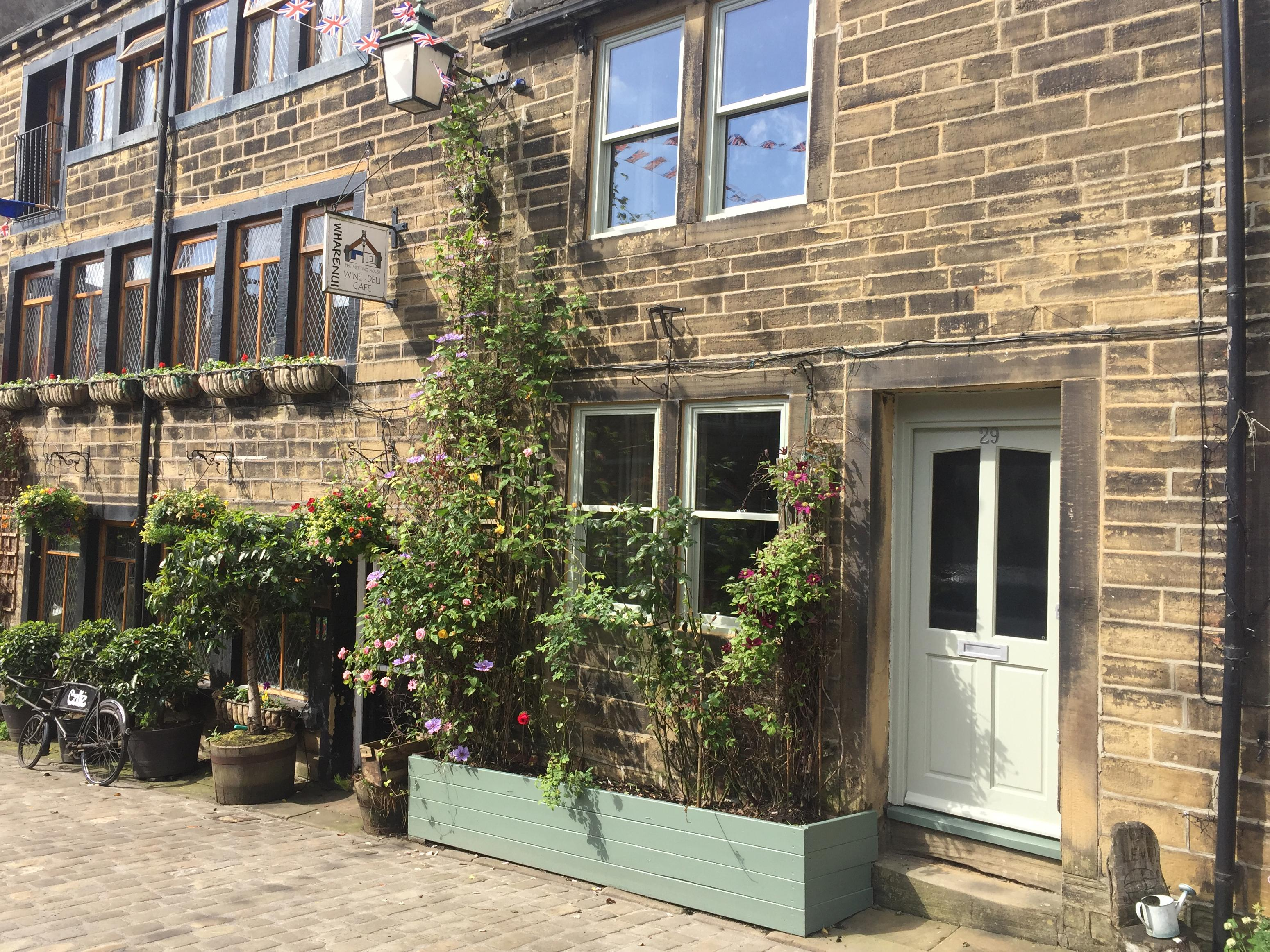 Holiday Cottage Reviews for 29 Main Street - Holiday Cottage in Haworth, West Yorkshire