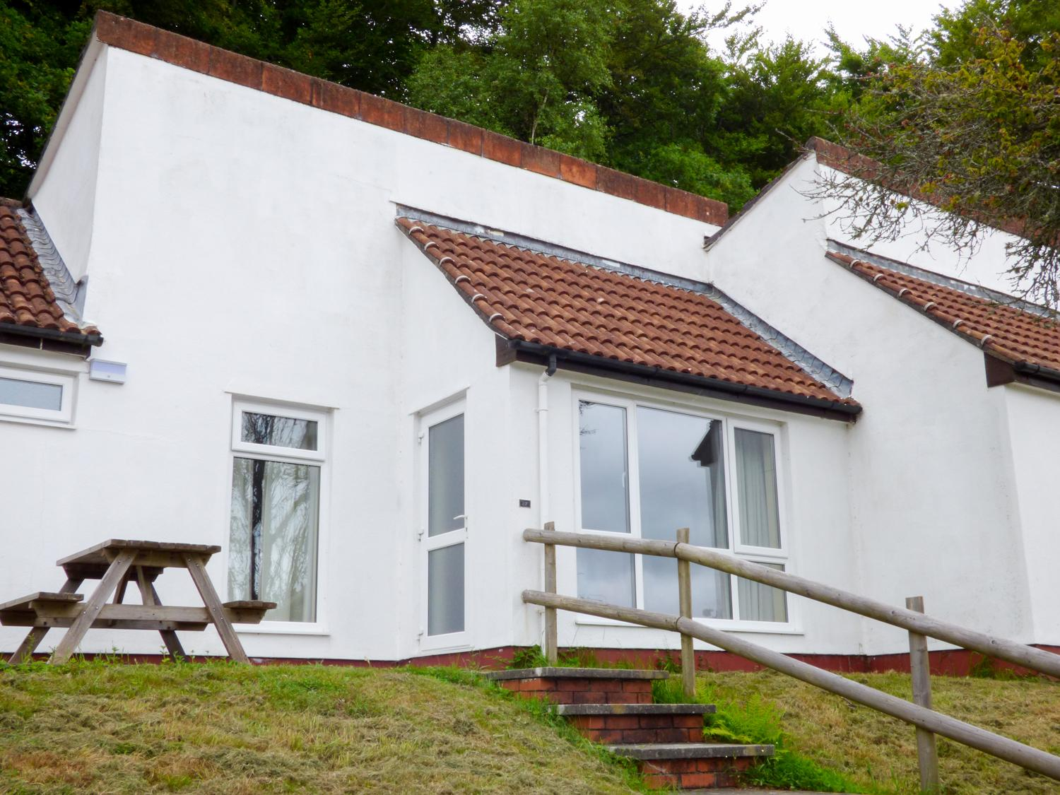 Holiday Cottage Reviews for 27 Manorcombe Bungalows - Holiday Cottage in Gunnislake, Cornwall inc Scilly