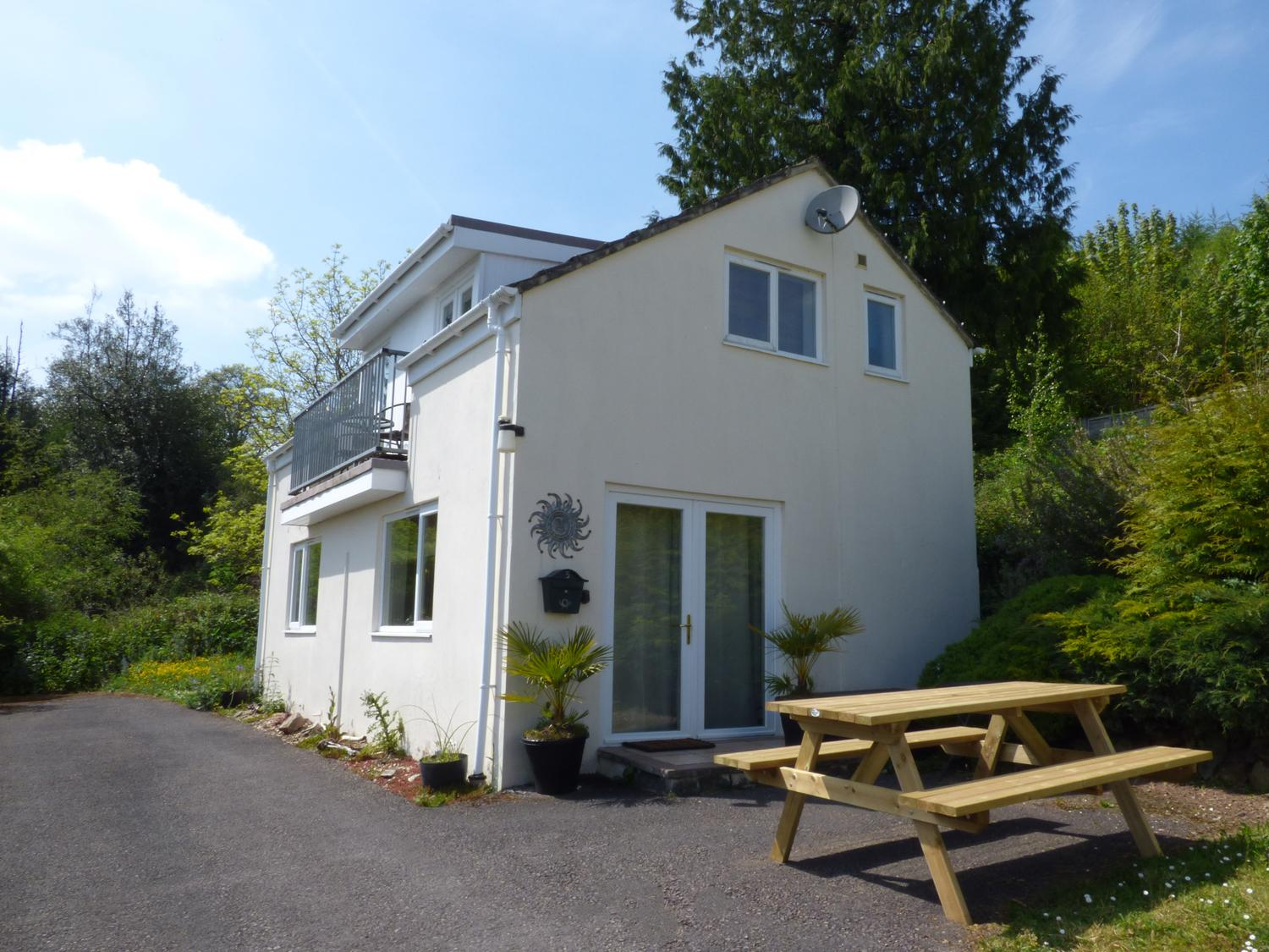 Holiday Cottage Reviews for Chalet - Holiday Cottage in High Bickington, Devon