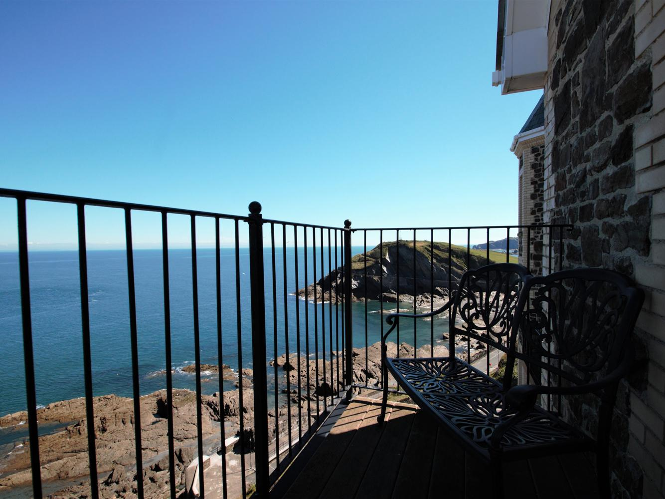 Holiday Cottage Reviews for Ocean Breeze - Holiday Cottage in Ilfracombe, Devon